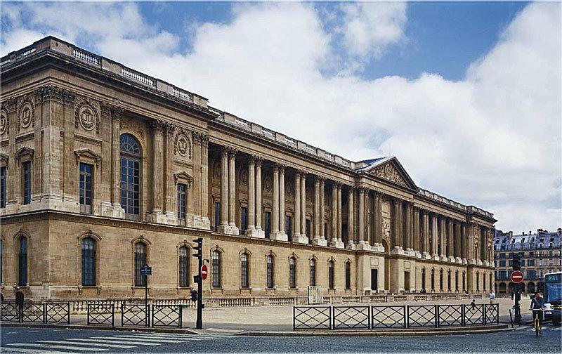 Восточный фасад Лувра. Архитектор Клод Перро.