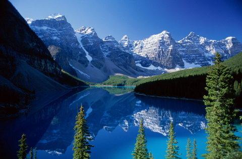 Канадские горы Рокис, Канада.