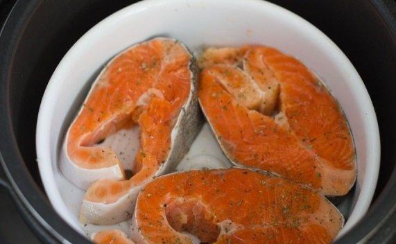 как приготовить красную рыбу на пару в мультиварке