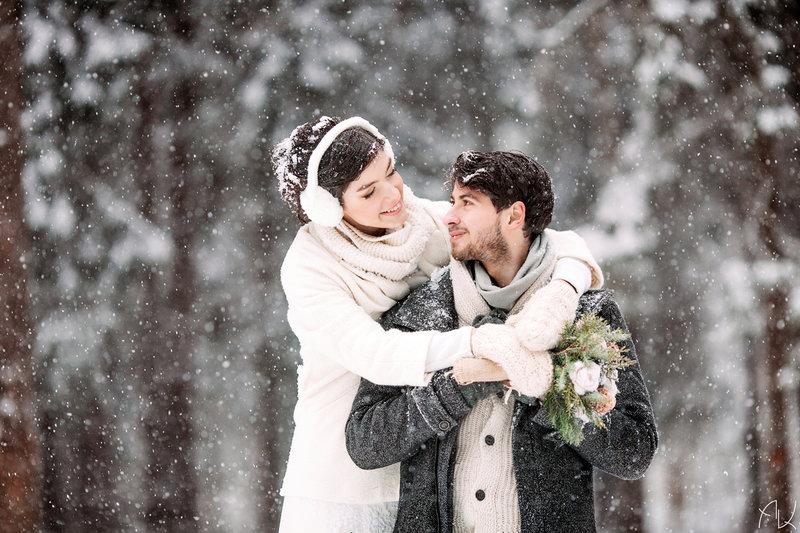 Свадебная фотосессия зимой в Москве. Фотограф: Александр Киселёв