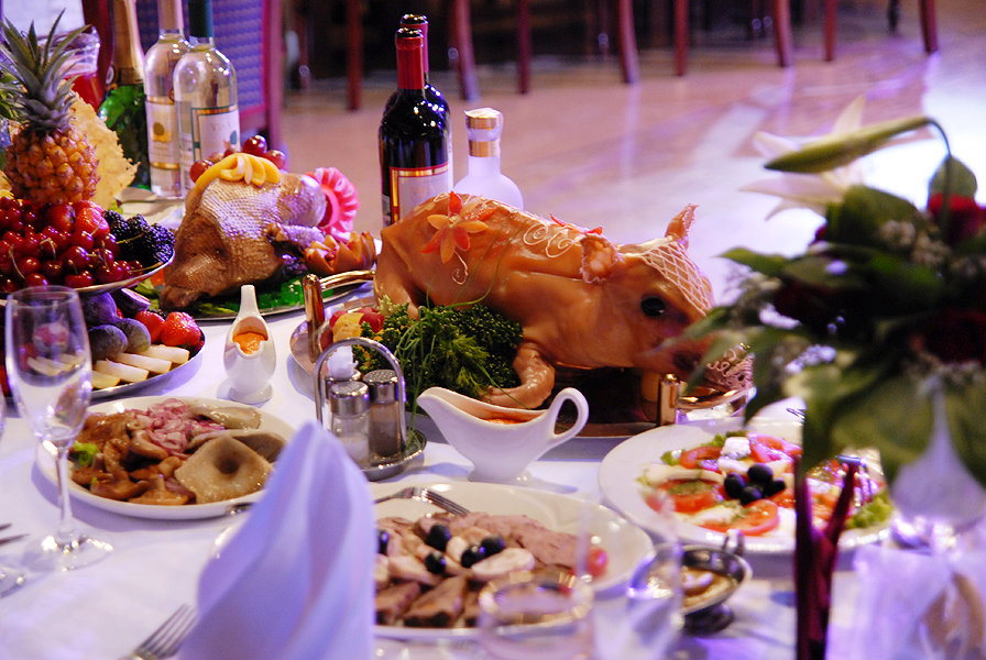 Фото праздничного стола в ресторане