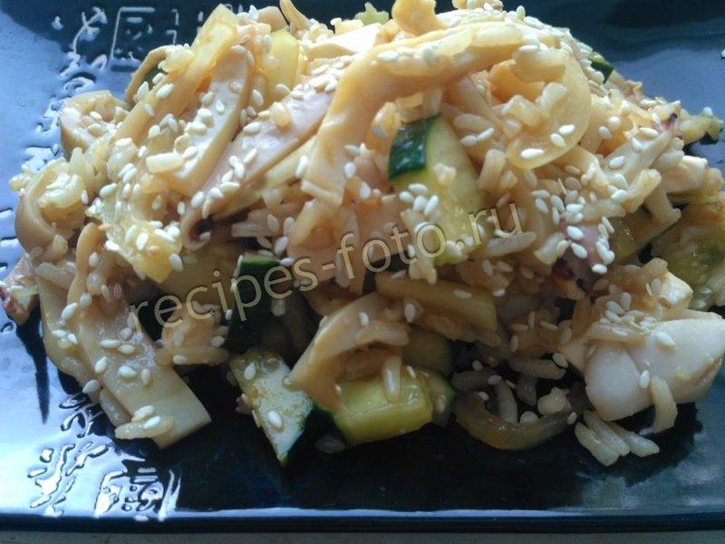 Салат из кальмаров с майонезом фото