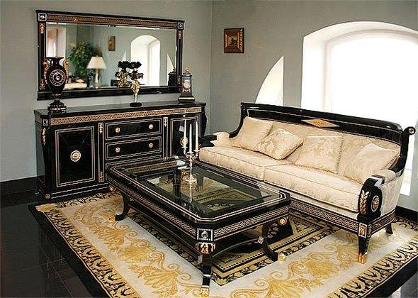 Черная и белая мебель являются отличительной черной стиля ампир