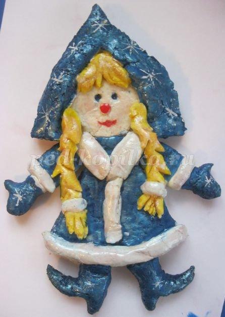 Новогодяня поделка из соленого теста Снегурочка
