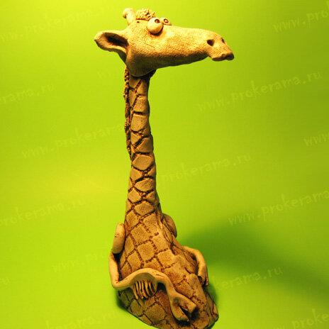 жираф из глины