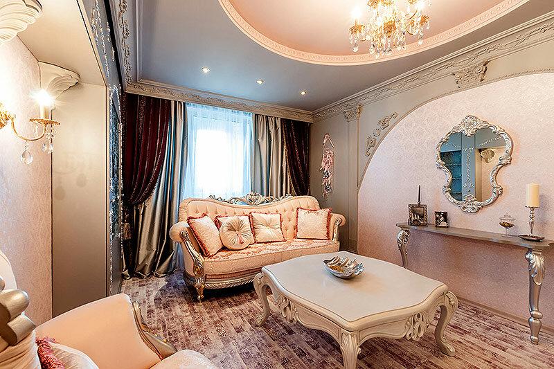 Понятие барокко ввели в обиход в 1850 году для обозначения стиля, сформировавшегося еще в период правления Людовика XIV во Франции, Петра I в России.