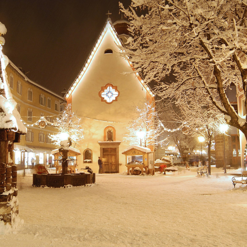 Какой же Новый год без снега? И как раз Адлер замечательно подойдет под зимний отдых.