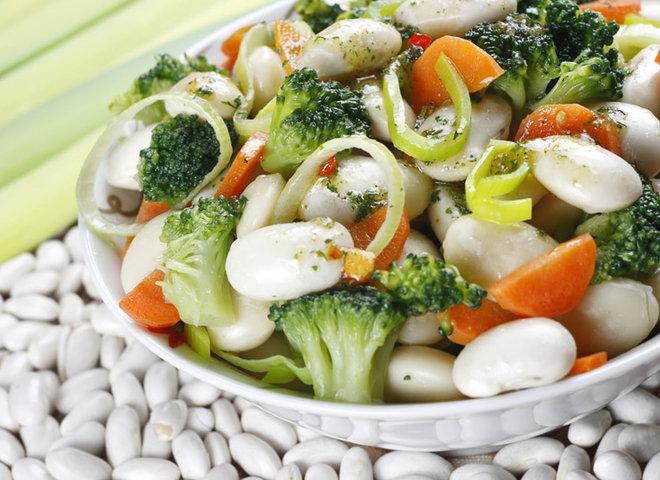 Как приготовить салат из фасоли с фото