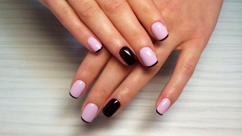 дизайн ногтей розовый с черным 2