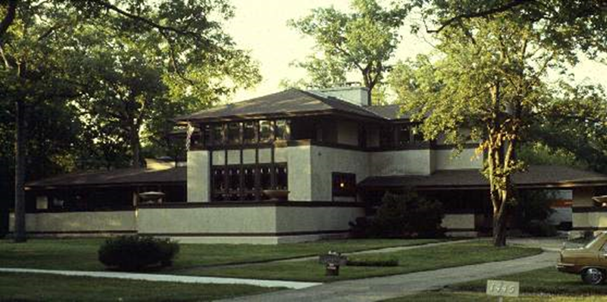 frank lloyd wright essay questions Accompany a viewing of the pbs documentary, frank lloyd wright, with exploration of the pbs frank lloyd wright web site resources direct students to the web site's essay on organic architecture.