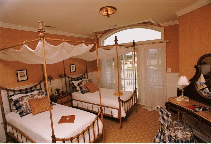 Основные способы декора кровати с использованием этого потрясающего изделия.