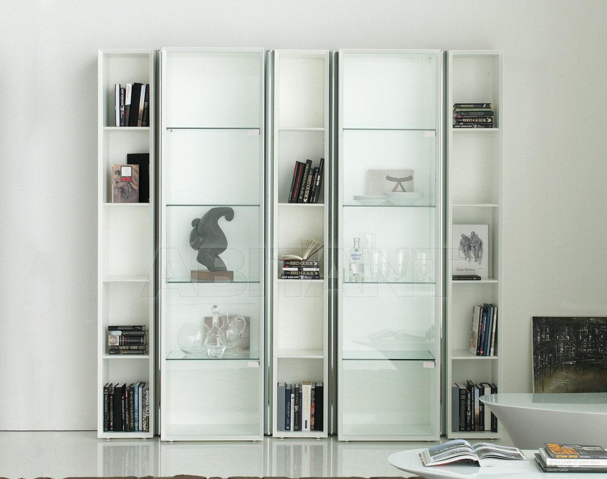 Большой выбор мягкой мебели.