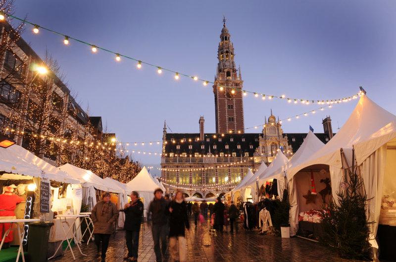 Рождественская ярмарка города Лёвен, Бельгия