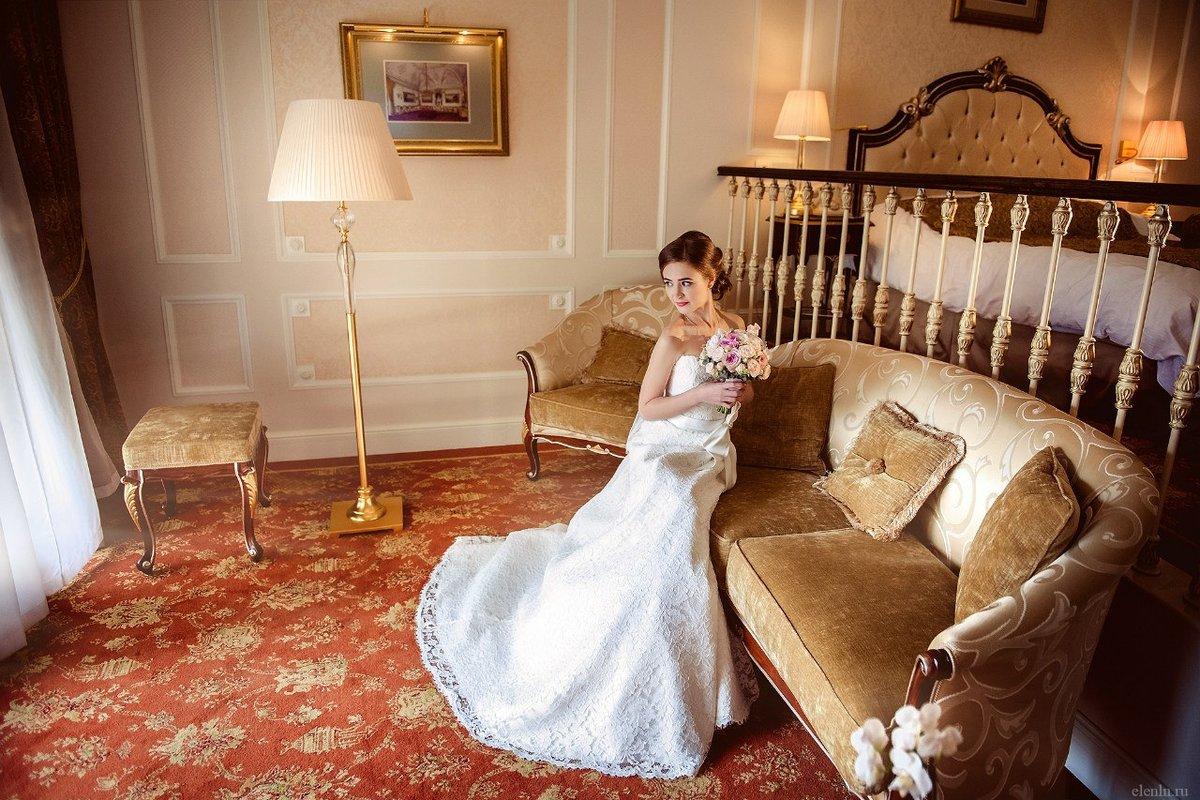 Отель для фотосессии свадьбы может характеризоваться