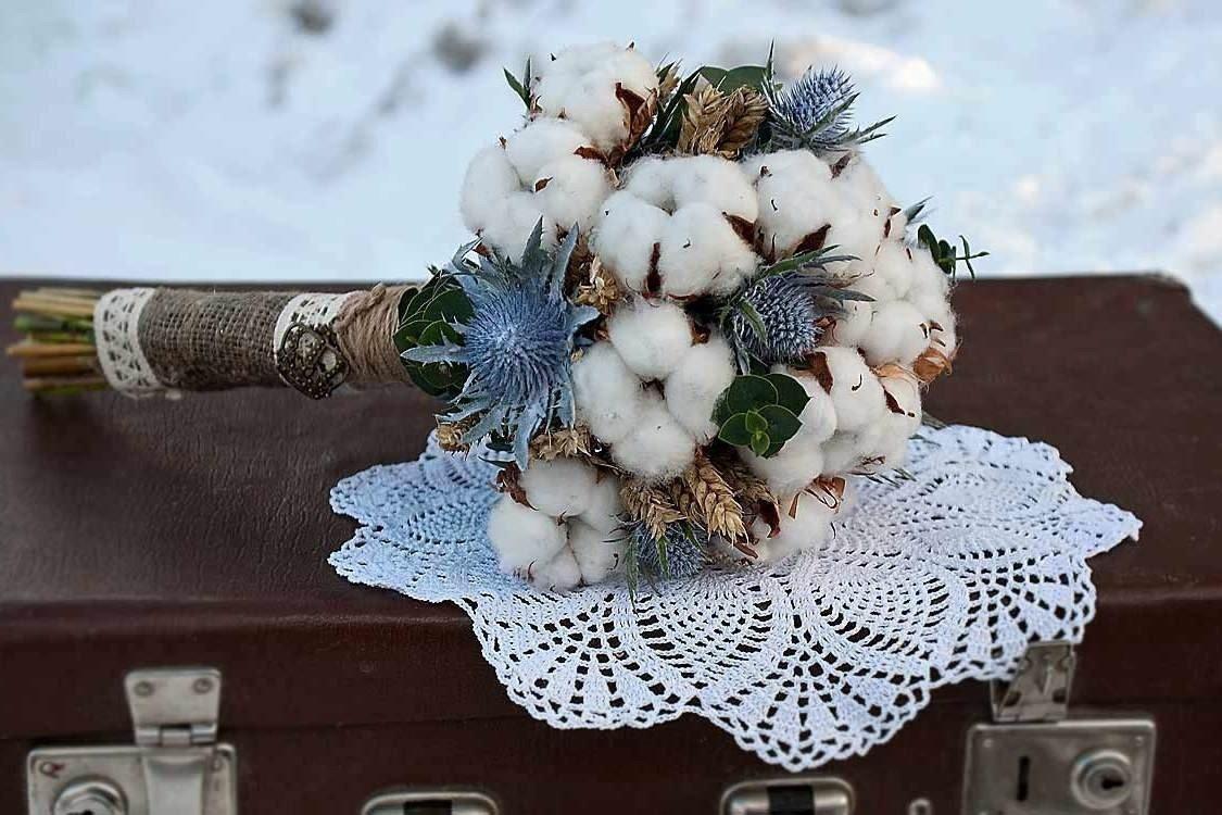 Флористика зимний букет