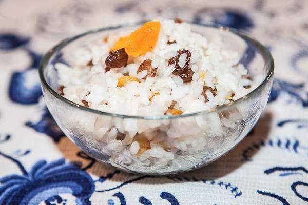 Как приготовить кутью из риса  Рецепт кутьи с изюмом