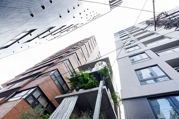 «Зелёный» фасад и вертикальный сад от архитектора Рюэ Нисидзава!