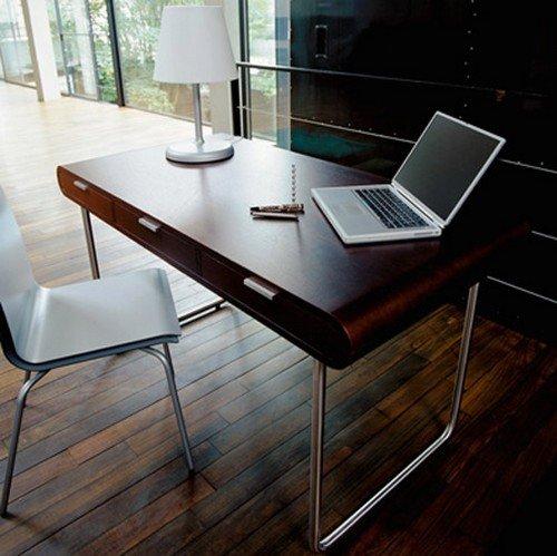 Функциональный и красивый стол