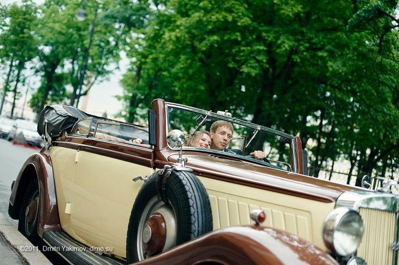 Ретро авто на свадьбу