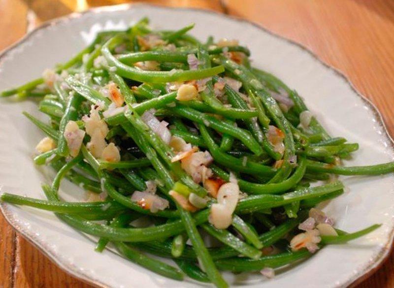 Салат из сушеной фасоли