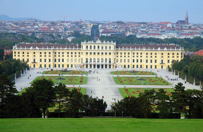Дворец Шёнбрунн (Вена, Австрия)