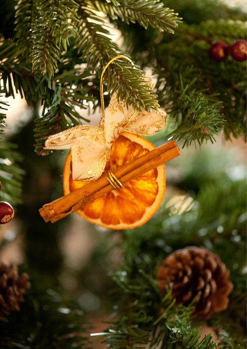 """апельсиновый декор .Первый раз в этом году ставим с мужем """"семейную"""" елку."""