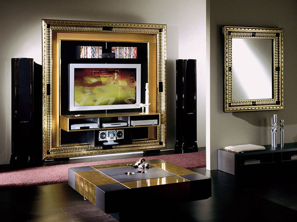 Арт-деко - это смешение нескольких стилей дизайна, элементы абстрактных мотивов, яркие цвета, перламутр, позолоченные элементы, инкрустации камнями и прочие детали, передающие ощущение богатства и сказочности.