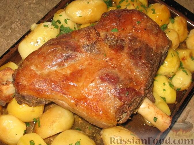 Запеченные бараньи ножки с картошкой