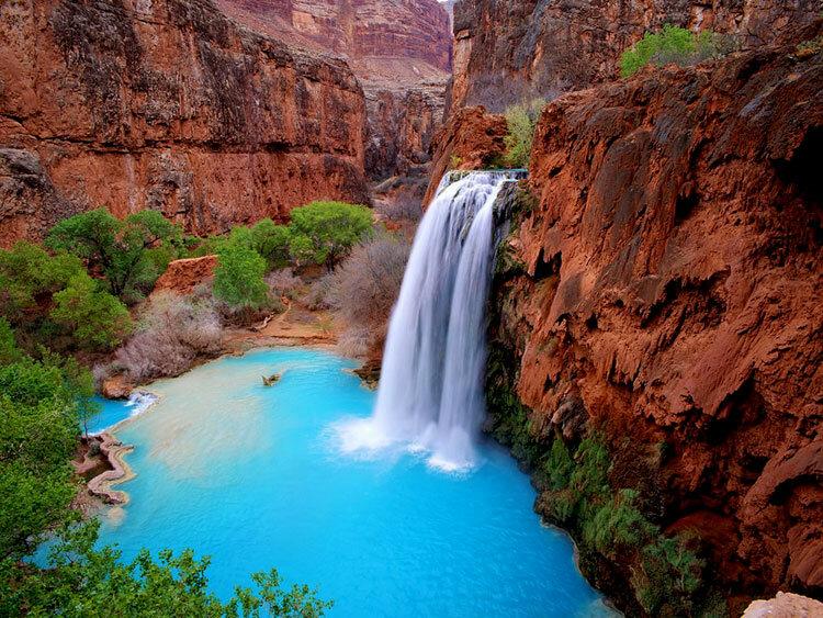 Водопад Хавасу-Фолс в Гранд-Каньоне достопримечательность США