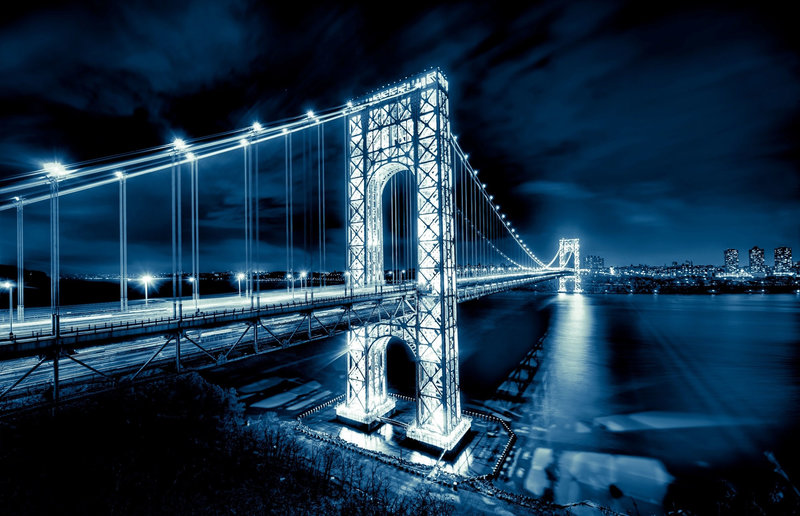Мост Джорджа Вашингтона в городе Нью-Йорк.