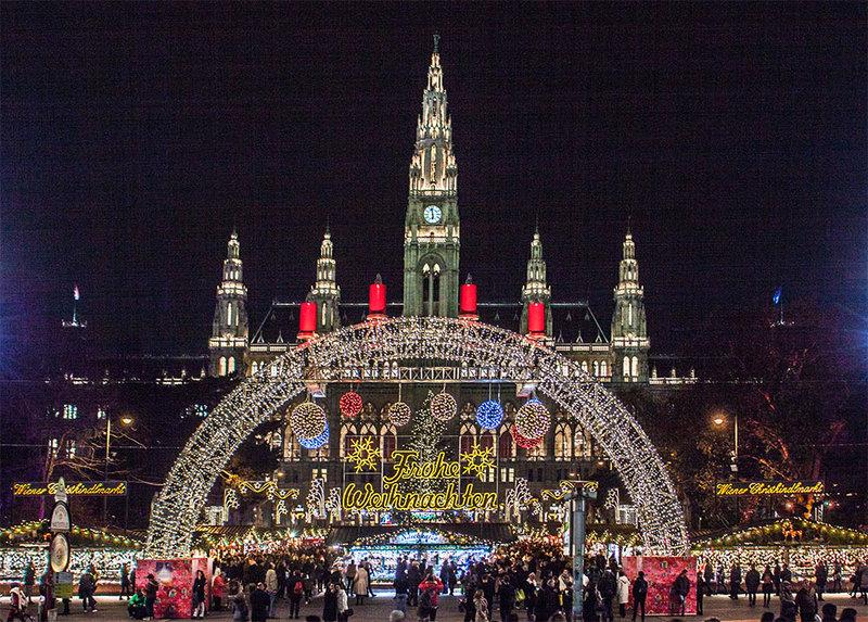 Один из старейших базаров Германии ежегодно посещают 2 миллиона туристов