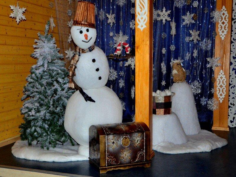 Прикольный снеговик