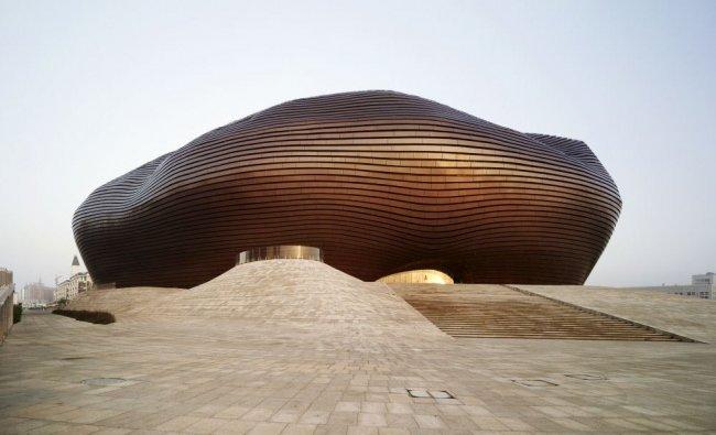Музей искусств и истории города Ордоса. Китай, Ордос