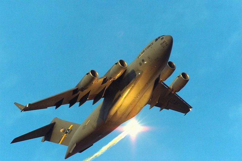 То, что вы видите здесь, является Живот C-Boeing 17 Globemaster III