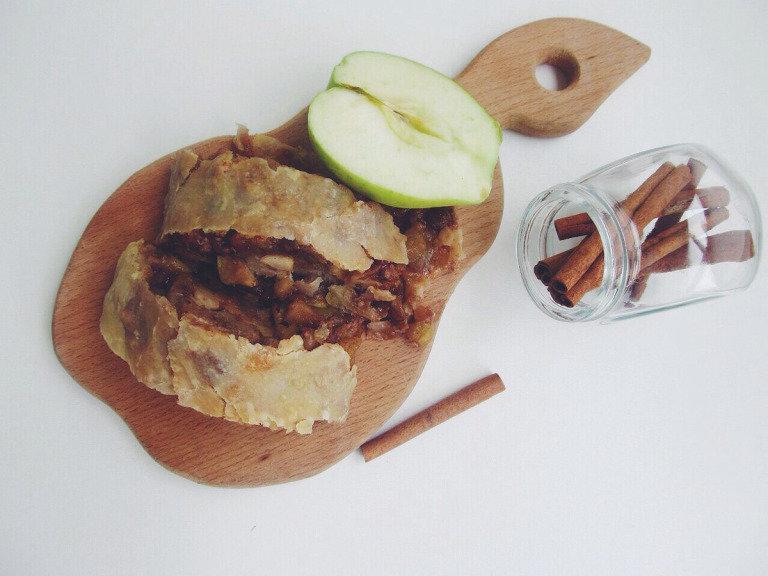 яблочный-штрудель фото рецепт