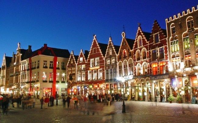Хотите попасть на самую большую ярмарку в Европе? Тогда вам нужно ехать в бельгийский город Брюгге.