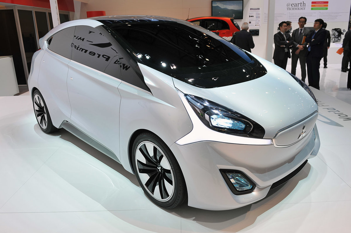 Концепт электромобиля Mitsubishi CA-Miev.