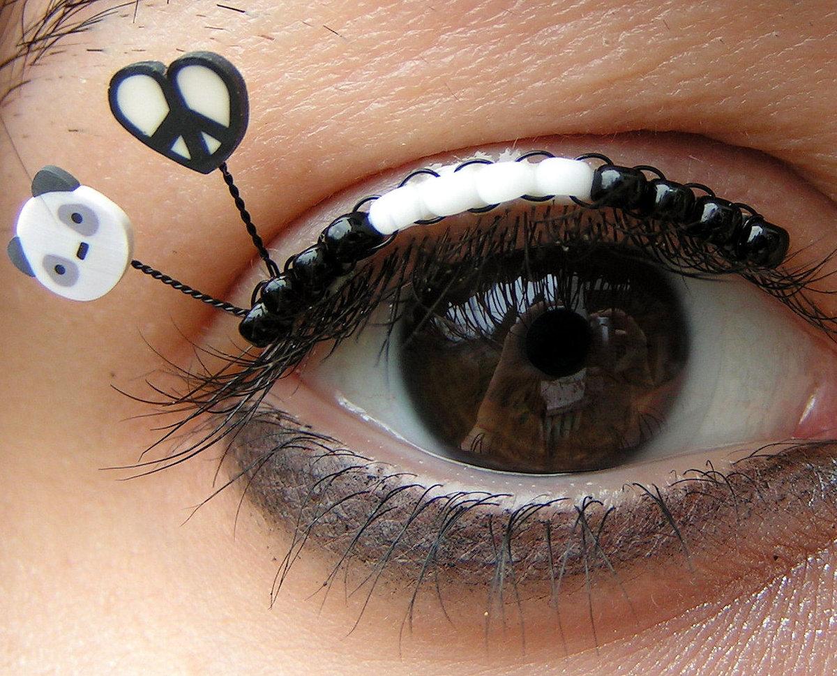 Прикольные картинки глаз с ресницами, водительские приколы