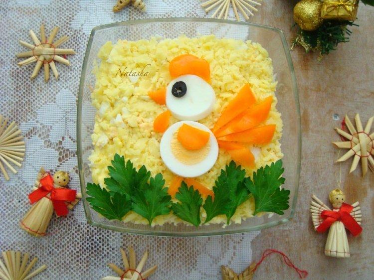 Французский салат с морковью. Не сложный, а такой вкусный, что просто не испортит праздничного стола. Один из моих любимых салатов. Делаю очень часто. Единствен