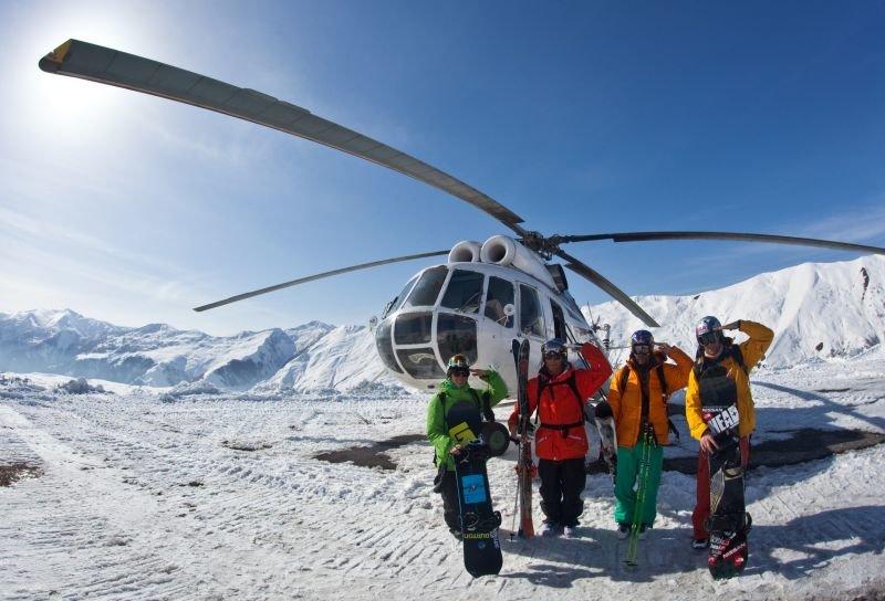 Горнолыжные курорты Грузии - подъем на вертолетах
