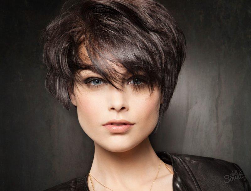 Женские короткие стрижки на черные волосы