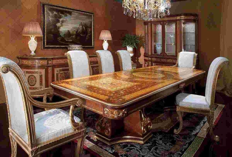 Благородный обеденный стол в стиле ампир