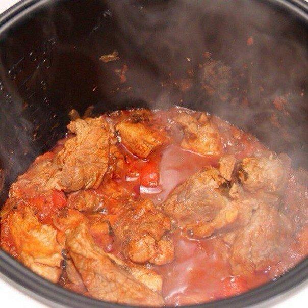 Вкусное домашнее тушеное мясо