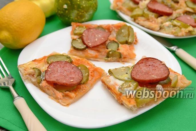 Бутерброды с колбасой и огурцами фото