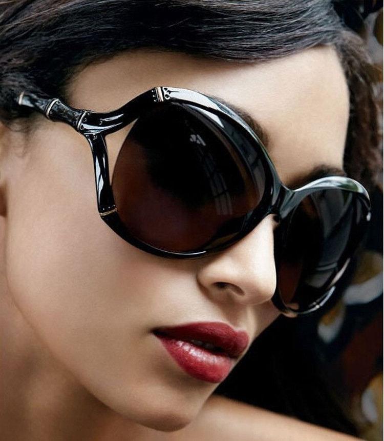 красивые женские фото в темных очках выдерживает