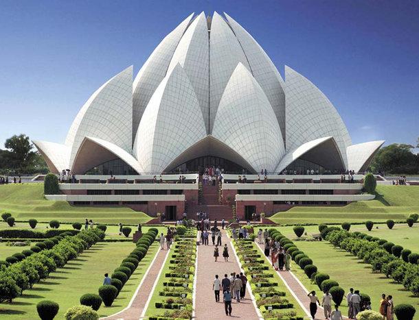 Архитектура, как геометрическая наука, всегда имела немало возможностей.