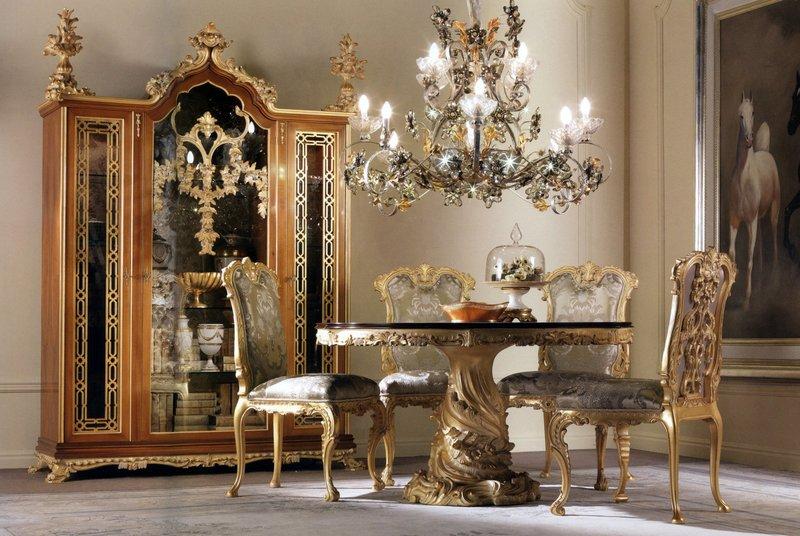 Массивный шкаф, стол и кресла в стиле ампир.