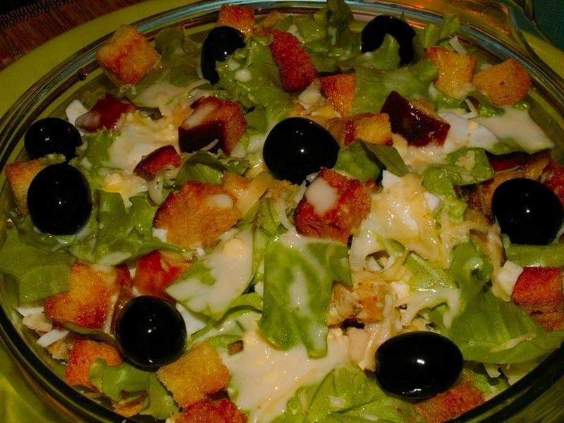 Вкусные салатики с куриным филе