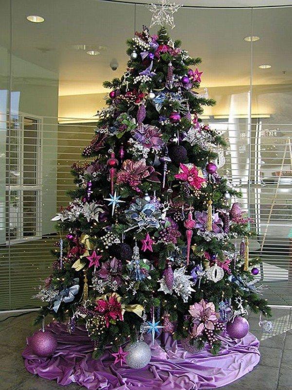 Картинки елок на новый год украшенные в фиолетовом цвете, месяц