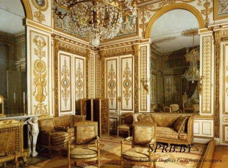 Стиль ампир в интерьере и архитектуре символизирует могущество, великую мощь державы Бонапарта – в этом состояло его основное значение. Римские детали дизайна интерьера, которые раньше заимс